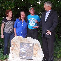 Members of the Griggs family and Mayor Don Anderson (r) at dedication ceremony, July 22 2016