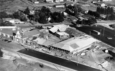 Lakewood Colonial Center, 1951